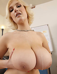 Huge boobs fucked
