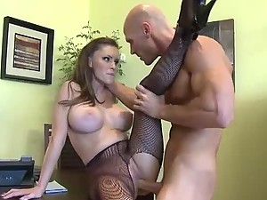Jenna Presley Sandwiching a Big Dick Between Her Tits Before Eating It