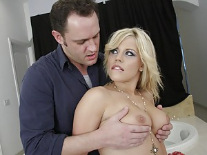 Fucking the blonde hottie hard