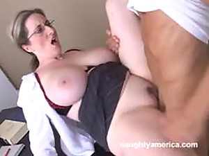 Hot Mature Blonde Lori Pleasure
