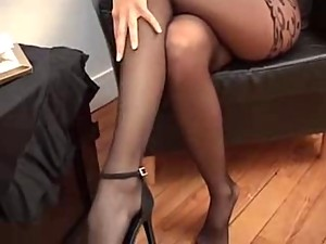 Hot Suzanna in pantyhose