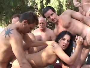 Gangbang Brunette with Four Guys and Facial