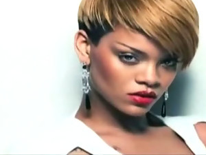 Rihanna Looks amazing in these hot videos!