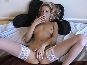 Sexiest Masturbation Vid Featuring Amber Desire